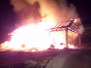 INTERVENCIJA: Požar kozolca Žirovski vrh 25.4.2011