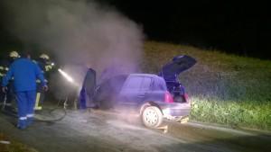 INTERVENCIJA: Požar osebnega vozila Volaka 26.10.2015