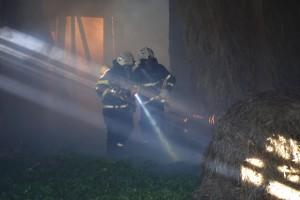 VAJA: Požar gospodarskega poslopja in prometna nesreča, Žirovski vrh, 1. 10. 2016