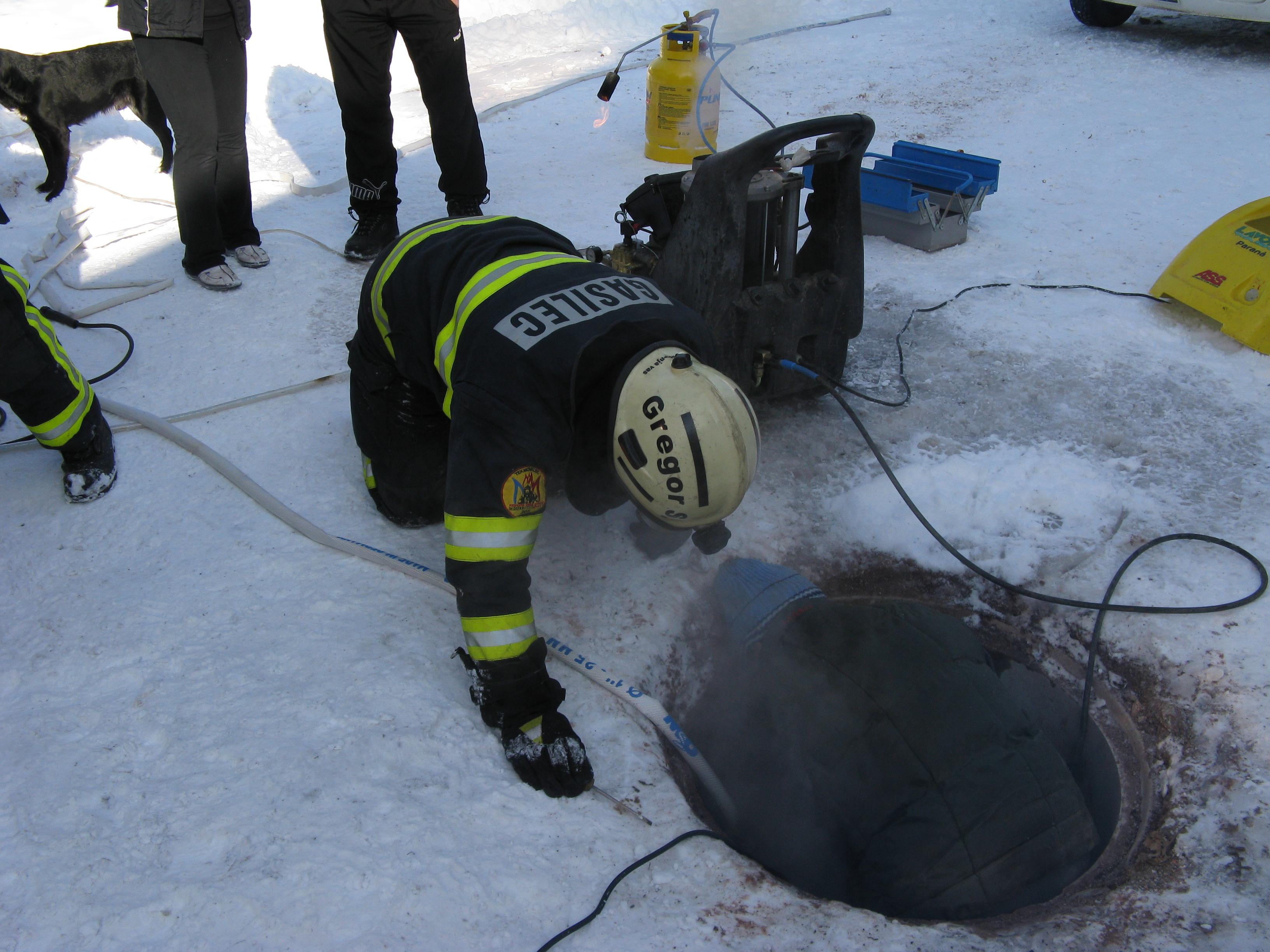 INTERVENCIJA: Tehnična in druga pomoč 8.2.2012